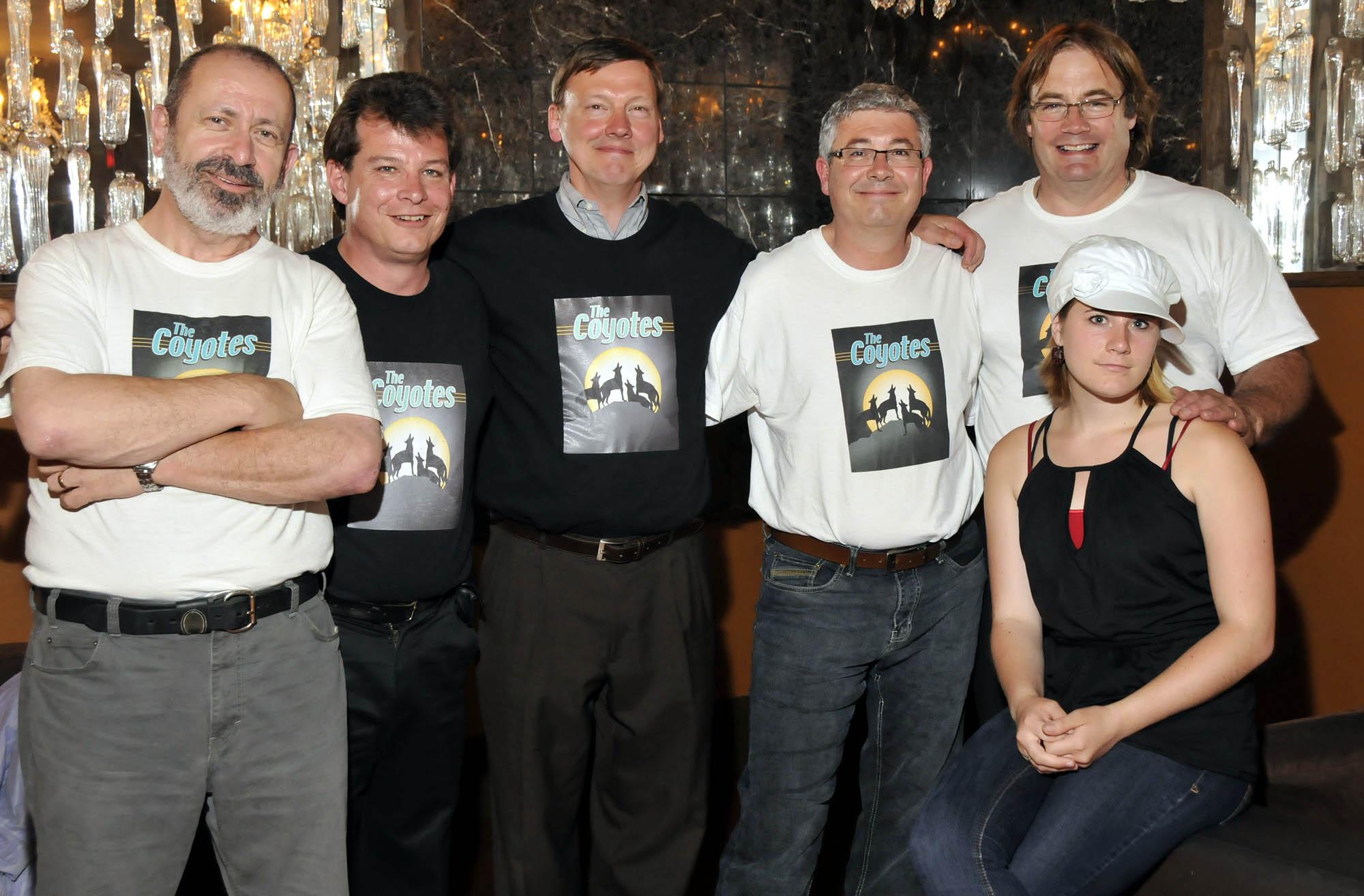 Peter, Mark,Eric,Burke,Jim,Amelia posed picture