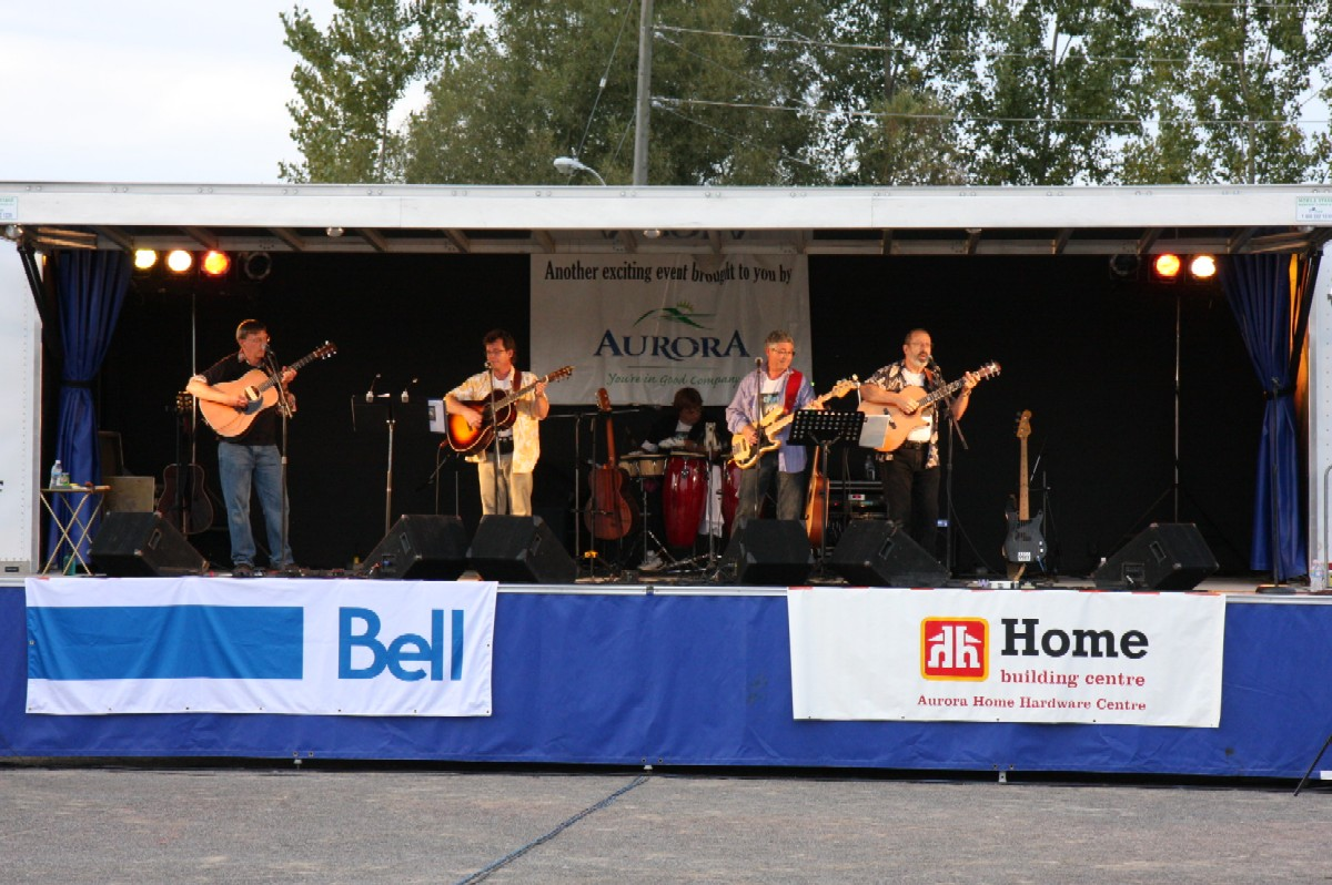 Eric,Mark,Jim DeVries,Burke,Peter on stage